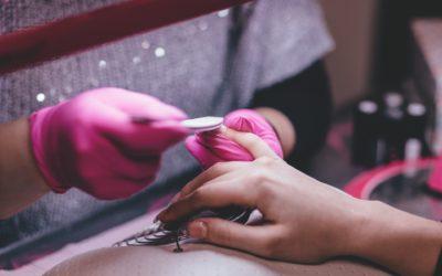 Jak zadbać o zdrowe paznokcie?